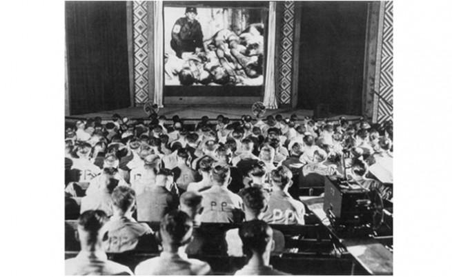 Германски военни реагират на снимки от концентрационни лагери