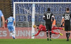 Милан се измъкна с реми от двубоя с Лацио