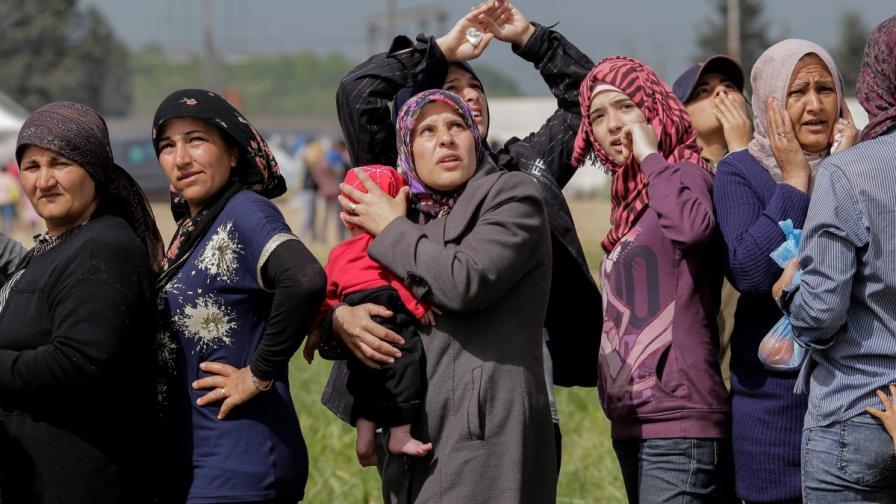 Заловиха 12 мигранти, опитали незаконно да напуснат страната ни