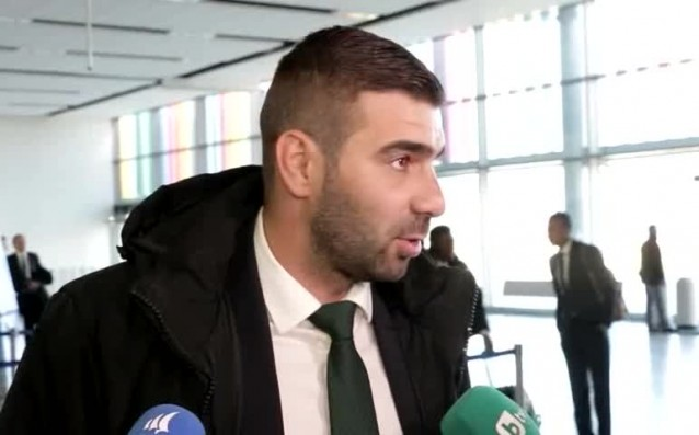 Снимка: Владо Стоянов все по-близо до завръщане на терена