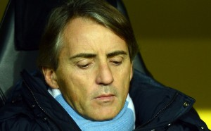 Адебайор избухна срещу Манчини: Той е слаб треньор!