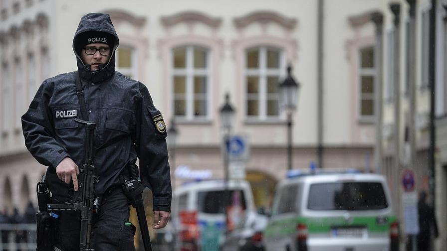 Спипаха банда, вкарвала мигранти в Германия със студентски визи