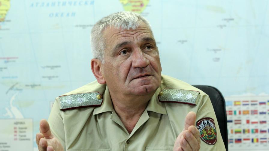 """Кабинетът """"Герджиков"""" предложи Боцев за началник на отбраната"""