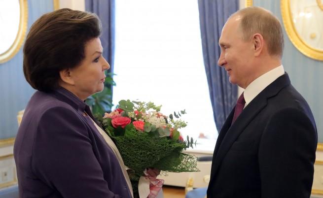 Терешкова на среща с Путин навръх 80-ия си рожден ден