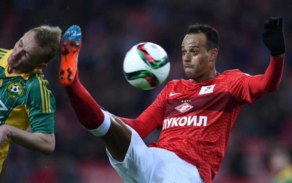 Бразилският защитник Жоао Карлошпохвали ЦСКА в Русия. Бранителят бе привлечен