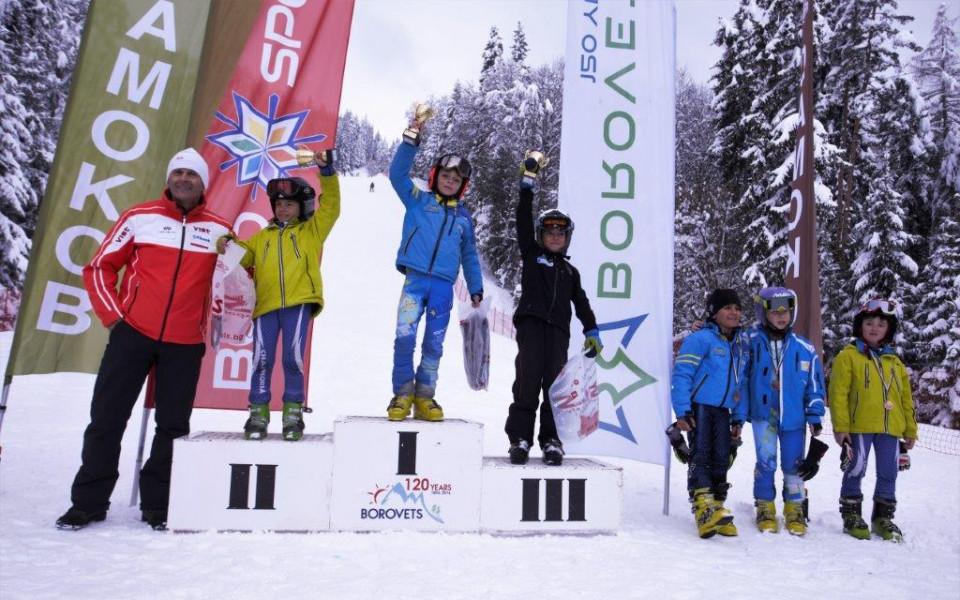 Рекорден брой състезатели на ски състезанията в Боровец