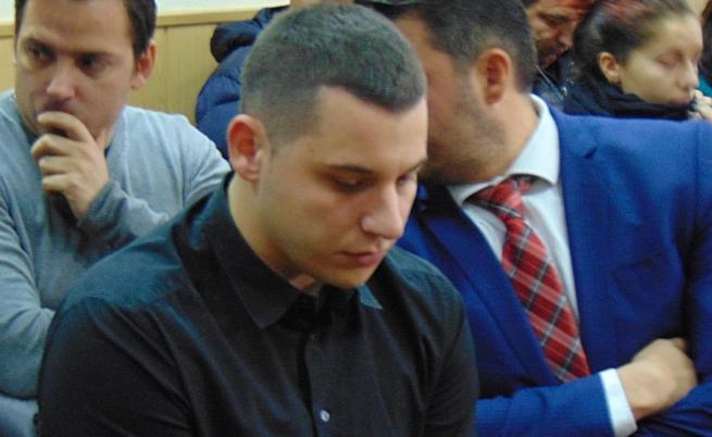 4 години затвор за пияното момче, прегазило трима на пътя