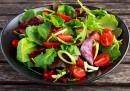 Една полза от зелената салата, за която не знаете