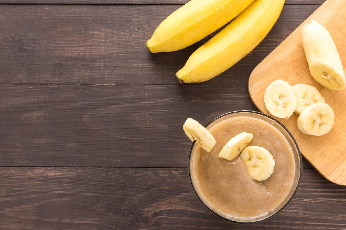 Банани - Високите концентрации на калций и магнезий в бананите могат да повлияят на сърдечно-съдовата система, като нарушат баланса на калций и магнезий в организма.