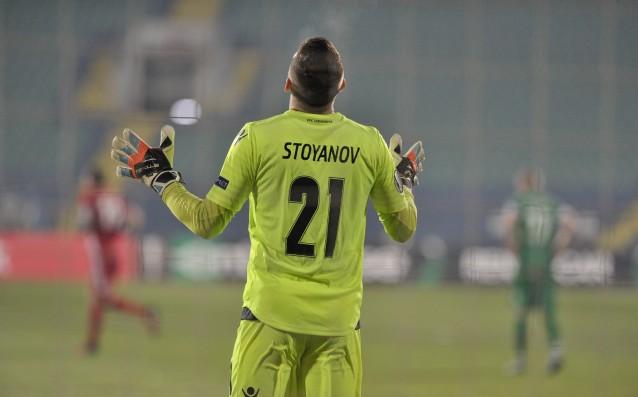 Ужас за Владо Стоянов, няма да играе много дълго