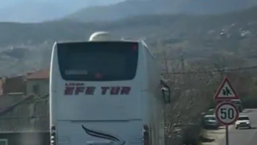 Ще решат ли автобусите от Турция изборите в България