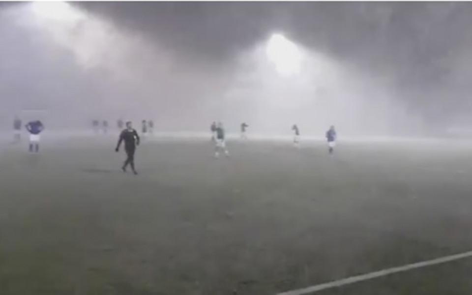 Лошо време за футбол: Не и в Исландия