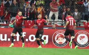 Турция удари Финландия в равностоен мач
