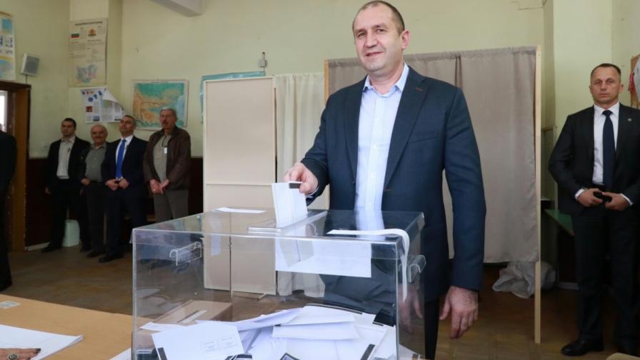 Президентът Румен Радев