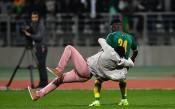 Батални сцени прекъснаха контролата Кот Д'Ивоар – Сенегал