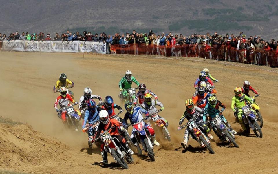 Над 10 000 изгледаха първия кръг на шампионата по мотокрос в Поморие