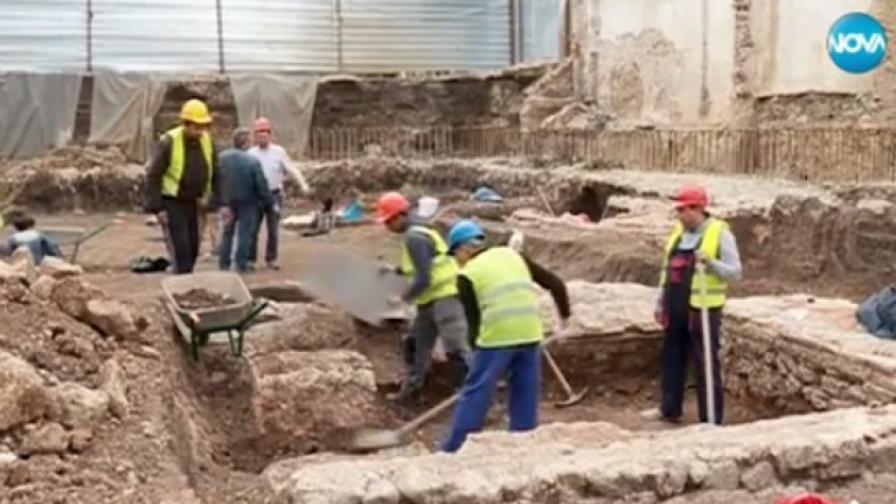 Откриха античен некропол в центъра на София