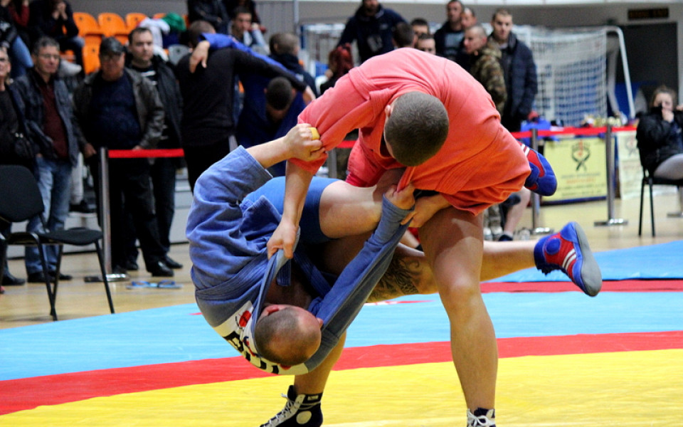 Български медал в бойното самбо на Световното