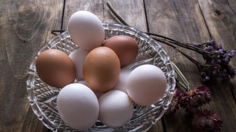 Как да си сварим правилно великденските яйца, без да се спукат