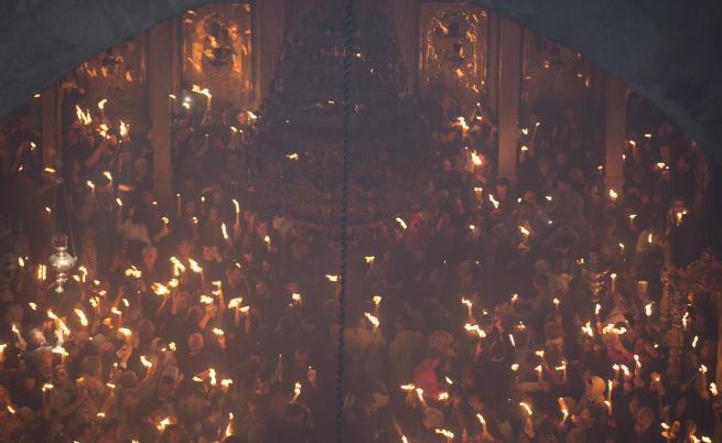 Посрещане на Благодатният огън в Йерусалим