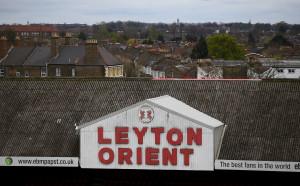 След 112 години, Лейтън Ориент се завърна в аматьорските дивизии