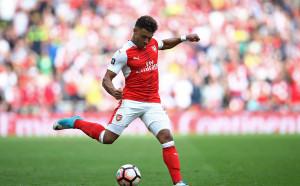 Ливърпул изважда оферта за играч на Арсенал