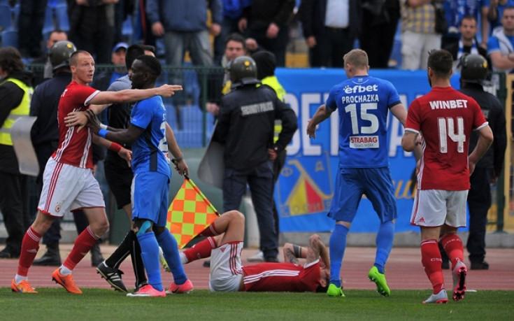 Прохазка и Малинов отнесоха сериозни наказания за скандала в дербито