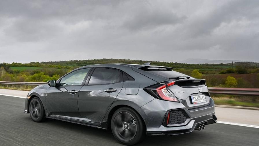 Honda Civic има раздвоение на личността (тест драйв)
