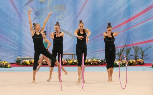 Българският ансамбъл по художествена гимнастика завоюва златен медал на финала