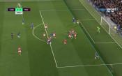 Нищо ново: Пак гол за Челси и пак между краката на Гузан