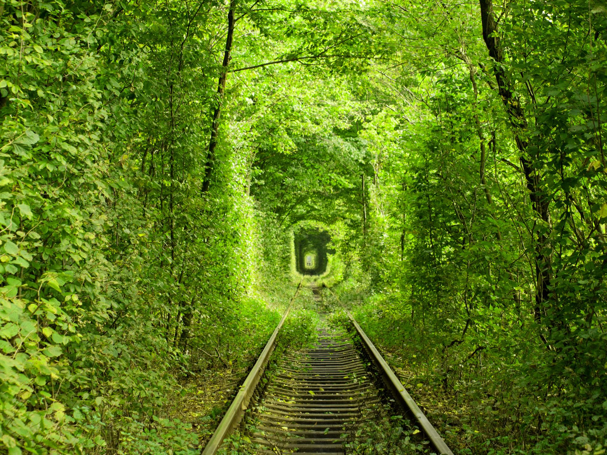 Тунелът на любовта, Румъния