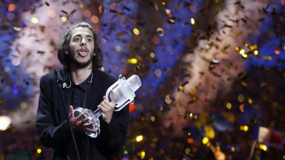 """Победителят в """"Евровизия 2017"""" Салвадор Собрал: Нямам идея как спечелих..."""