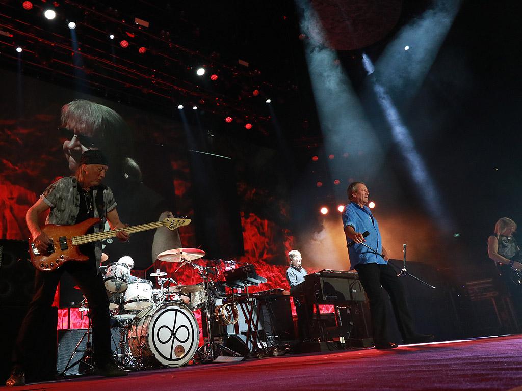 Една от най-великите рок групи Deep Purple с прощален концерт в София