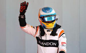 Алонсо: Другите във Ф1 ми завиждат заради Инди 500