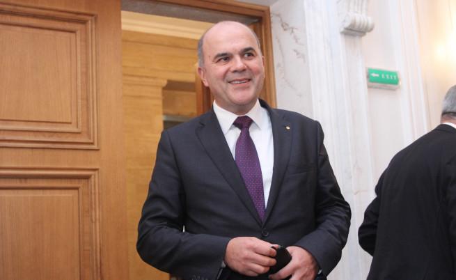 Социалният министър: До 2060 работещите ще са колкото пенсионерите