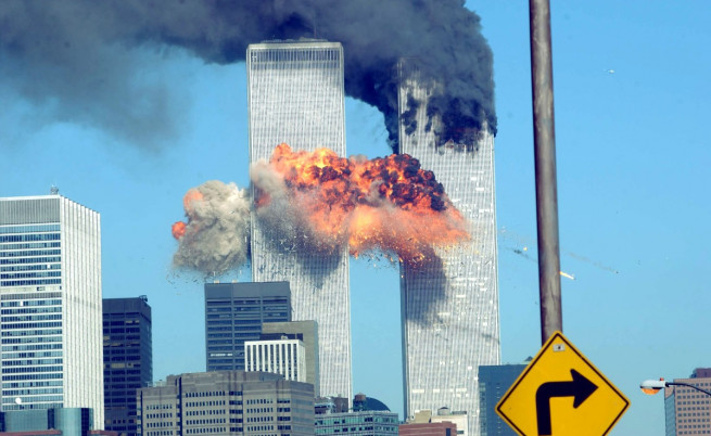 Атентатът срещу световния търговски център в Ню Йорк - 11 септември 2001 г.