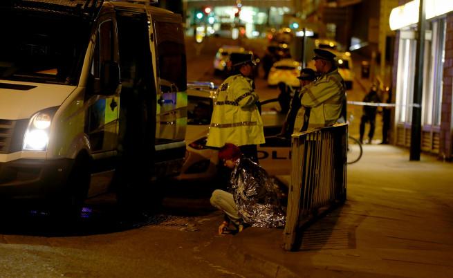 Десетки убити и ранени в Манчестър, ИД пое отговорност