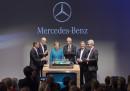 Ангела Меркел удостои с присъствието си Дитер Цече, най-големият човек в Daimler AG. На церемонията присъства и Президентът на Саксония Станислав Тилич.