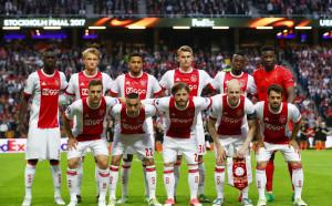 Аякс атакува титлата на Лига Европа с най-младия състав в историята