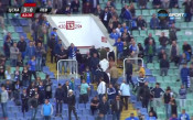 Бесните фенове на Левски напуснаха рано-рано стадиона