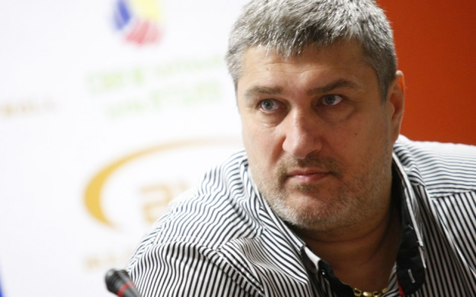 Любо Ганев призова феновете да подкрепят волейболистките