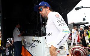 Бивш пилот от Формула 1: Още една неудачна година за Алонсо ще е загуба на време