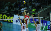 Волейболистките на България и Румъния<strong> източник: LAP.bg</strong>