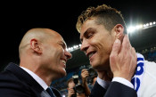 Зидан: Не си представям, че Роналдо ще играе другаде
