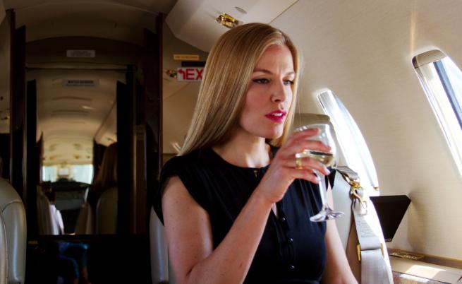 Напитката, която не трябва да пиете на борда на самолет