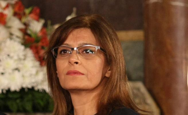 Първата дама посети Велико Търново. Срещна се с ученици