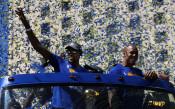 Парадът на Голдън Стейт по случай спечелената титла<strong> източник: Gulliver/Getty Images</strong>
