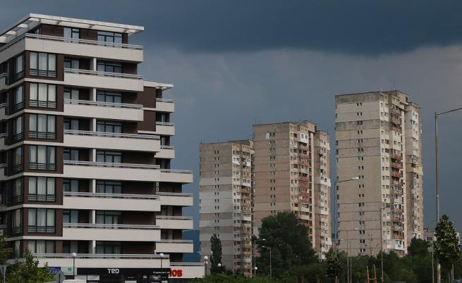 Предложение: Махат климатиците от фасадите заради нова наредба в София
