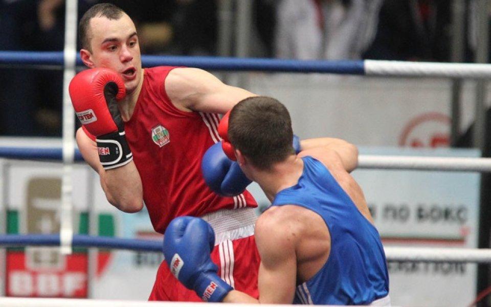 Чамов тръгна с успех на европейското по бокс