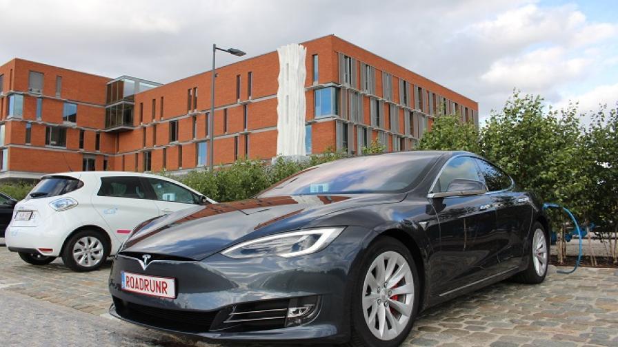 Германия въвежда правила за автономни коли при инцидент
